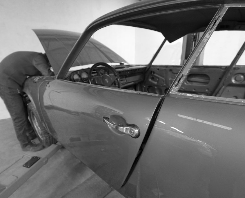 Restauration automobile de prestige : ferrari-testarossa-zoom-aillettes